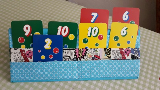 Kartenhalter für Kinderhände